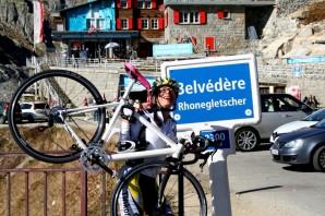 p20171017-2156-uphillCycling_Furka_posen