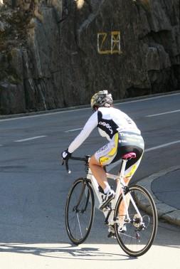 p20171017-2178-uphillCycling_Furka