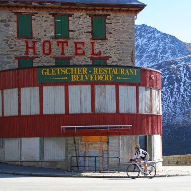 p20171017-2179-uphillCycling_Furka