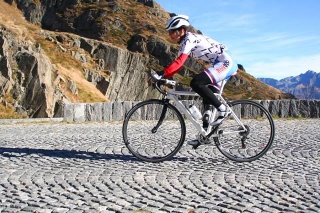 p20181025-2289-Gotthard-Tremola-Uphill